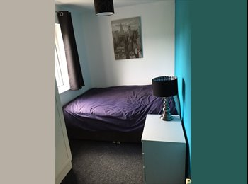 EasyRoommate UK - Newly Refurbed and Furnished Double Room - Crumpsall, Manchester - £350 pcm
