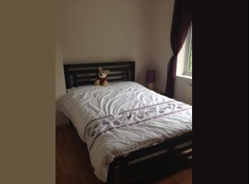 EasyRoommate UK - Double Room Available In Rugby - Rugby, Rugby - £375 pcm