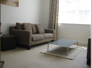 EasyRoommate UK - Apartment in Egham - Egham, North Surrey - £1,295 pcm
