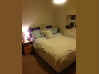 EasyRoommate UK - 1 Double bedrooms 2 mins from Swiss Cottage Tube, London - £700 pcm