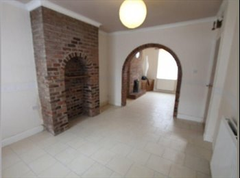 EasyRoommate UK - Housemate to share 3 bed (one bed as office) Hoole - Chester, Chester - £325 pcm