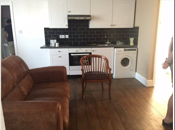EasyRoommate UK - lovely single room in Rusthall for rent - Rusthall, Tunbridge Wells - £450 pcm