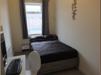 EasyRoommate UK - Brand new refurb, great place to live! - Stoke-on-Trent, Stoke-on-Trent - £381 pcm