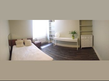 CENTRAL KINGS CROSS, double room in spacious flat