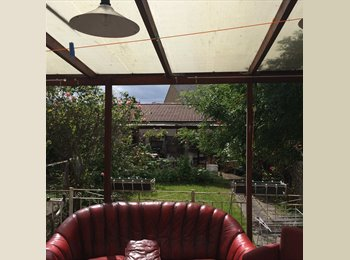 EasyRoommate UK - Double Bedroom in 5-Bed House, Northlondon(N17). - Tottenham, London - £355 pcm