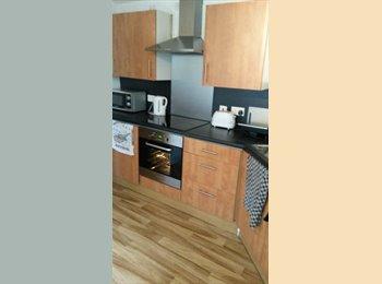 EasyRoommate UK - Double Room near Bluewater - Gravesend, Gravesend - £500 pcm