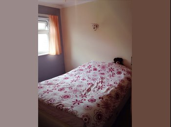 EasyRoommate UK - Double room - Vange, Basildon - £375 pcm