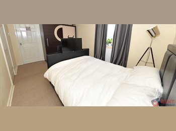 EasyRoommate UK - Luxury double room with TV BED!!! - Hebburn, South Tyneside - £295 pcm