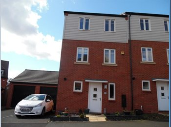 EasyRoommate UK - Spacious three storey house near Junction 7 M6 - Great Barr, Birmingham - £420 pcm