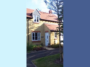 Double room/ weekday house share for professional