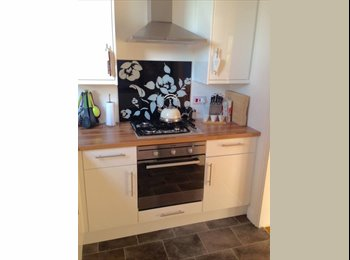 Furnished double room in semi detached property