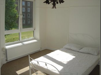 Large double rooms, newly refurbed flat, Zone 1