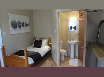 EasyRoommate UK - single ensuited rooms - South Shields, South Tyneside - £400 pcm