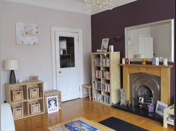 Double bedroom, large furnished tenement flat, Alexandra...