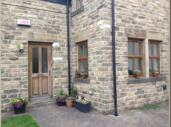 EasyRoommate UK - Lovely room in Crookes with parking - Crookes, Sheffield - £295 pcm