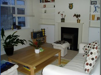 EasyRoommate UK - 1 bed flat in Welling Sth East £160 pw for July Au - Welling, London - £640 pcm