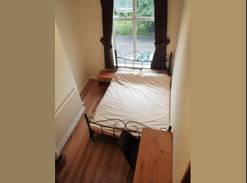 Stockport room to rent