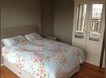 EasyRoommate UK - Beautiful room for rent in the centre of town - Edinburgh Centre, Edinburgh - £375 pcm