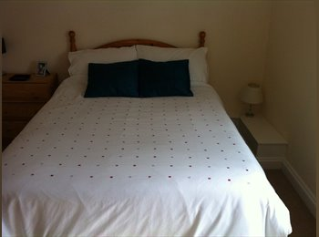 Double room  with easy access to Bath and Bristol