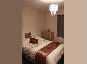 MUST SEE! Comfy double room- Central Hammersmith.