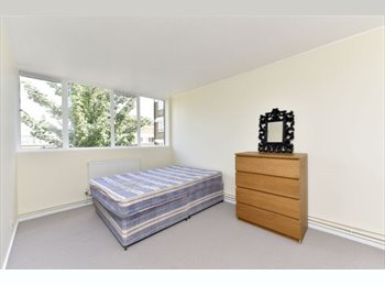 EasyRoommate UK - 4 DOUBLE BEDROOMS WITH GARDEN SW8 - South Lambeth, London - £682 pcm