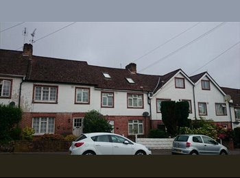 EasyRoommate UK - Small Terrace House - £375pm inc all bills! - Charminster, Bournemouth - £375 pcm