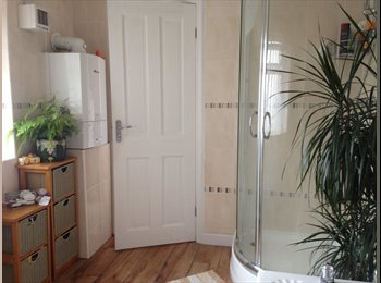 EasyRoommate UK - Double room available in a beautiful house. - Wythenshawe, Manchester - £530 pcm