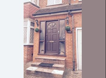 nicest  house you can find in London for £550