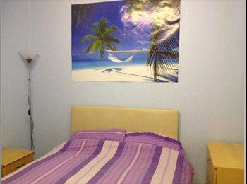 EasyRoommate UK - Double room available immediately - Stretford, Trafford - £350 pcm