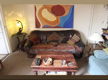 EasyRoommate UK - 1 double room off Cowley Road from 1 August - Cowley, Oxford - £550 pcm