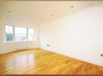 Amazing 3 double bed apartment
