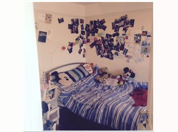 EasyRoommate UK - Sisters Need Flat Mate £160 pw double bed en suite - Archway, London - £693 pcm