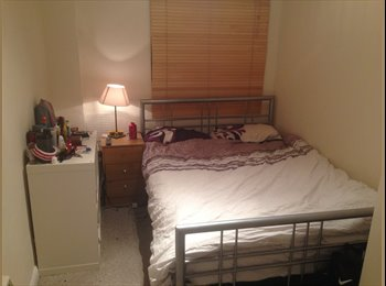EasyRoommate UK - Big Double Available West Hampstead 12 July - Kilburn, London - £680 pcm