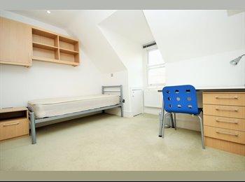 Well presented studio apartment.