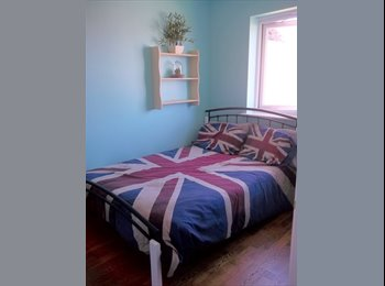 EasyRoommate UK - Sunny fully furnished double room in Marshfield - Marshfield, Cardiff - £430 pcm