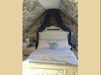 Double room available for female