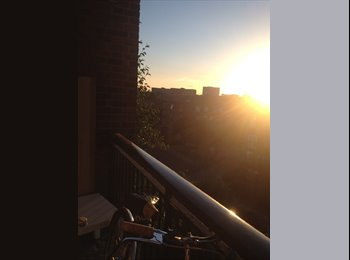EasyRoommate UK - Double bedroom available (balcony), Bethnal Green - Bethnal Green, London - £715 pcm