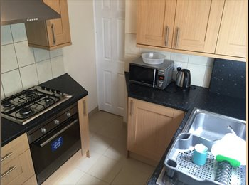 **LAST ROOM LEFT - SOUGHT AFTER LU2 LOCATION - ALL FEMALE...