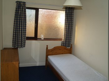 EasyRoommate UK - Bargain Single and Double Rooms in Shared House, bills inc. , Dudley - £368 pcm