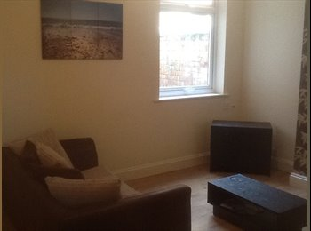 WALKING DISTANCE TO CITY CENTRE AND DMU