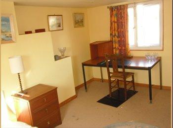 EasyRoommate UK - Room to let - Pinhoe, Exeter - £350 pcm