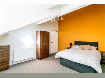 PRICE DROPPED Furnished designer rooms for £99 /w