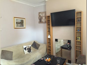 EasyRoommate UK - Small double room to rent langworthy, Salford. - Salford City Centre, Salford - £250 pcm