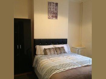 EasyRoommate UK - House Share In a Modern House - Preston, Preston - £375 pcm