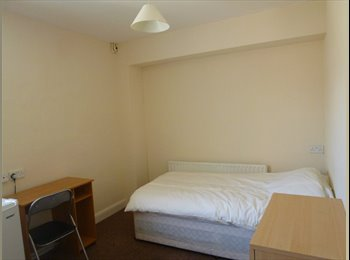 EasyRoommate UK -  Double room in Cromwell street - Lincoln, Lincoln - £325 pcm