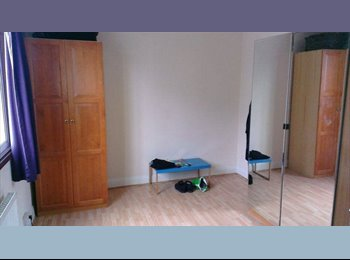 3 bed flat in the heart of Camden