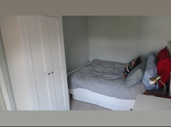 EasyRoommate UK - Fully furnished double room in Caversham - Caversham, Reading - £550 pcm