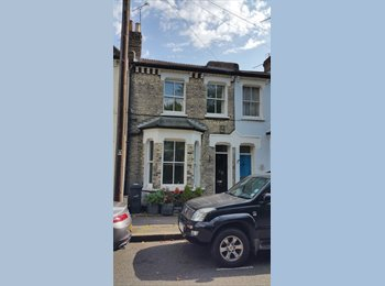 EasyRoommate UK - Great house share Vauxhall/Stockwell/Oval - South Lambeth, London - £785 pcm
