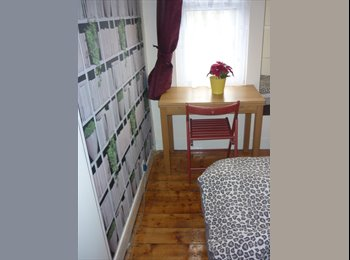 Cosy Single room less than 3mins from Woodgreen