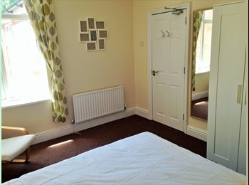 EasyRoommate UK - Executive Rooms Available Now - All Bills Included - Penn, Wolverhampton - £325 pcm